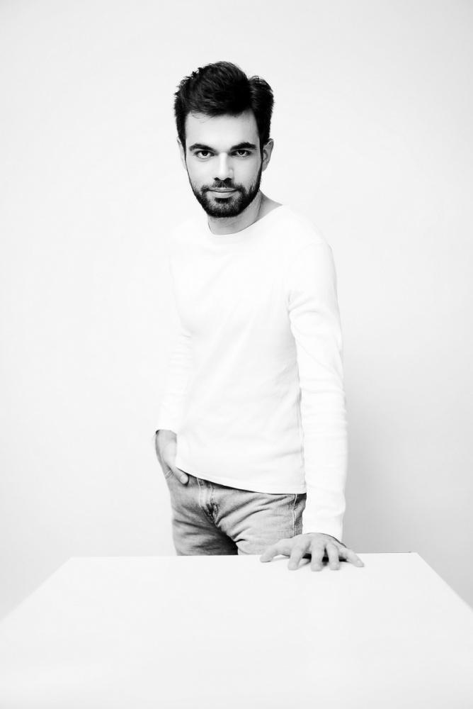 Photo de l'artiste Jean-Paul Gasparian